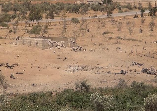 الجيش السوري يدمر عن بعد سيارتين انتحاريتين لـداعش شرق حماة