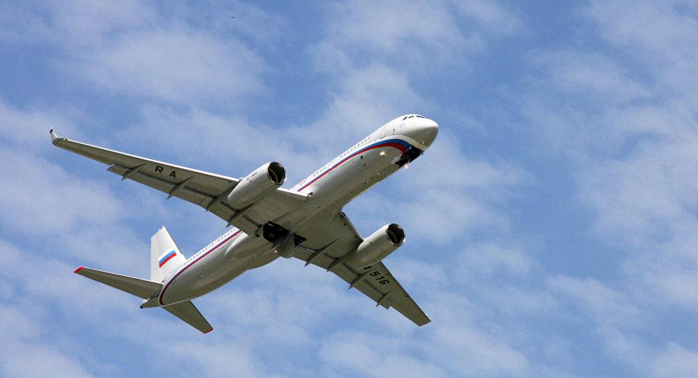طائرة تو-214