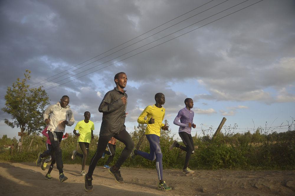 أعضاء فريق اللاجئين المشاركين في ألعاب أولومبياد ريو-دي-جانيرو 2016 في البرازيل
