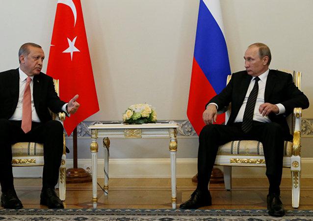 لقاء فلاديمير بوتين ورجب طيب أردوغان في سانت بطرسبرغ