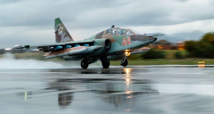 مقاتلة سو-25 فى سوريا
