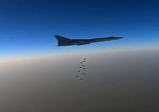 شمخاني: إيران ستفتح منشآتها لروسيا لمحاربة الإرهاب في سوريا