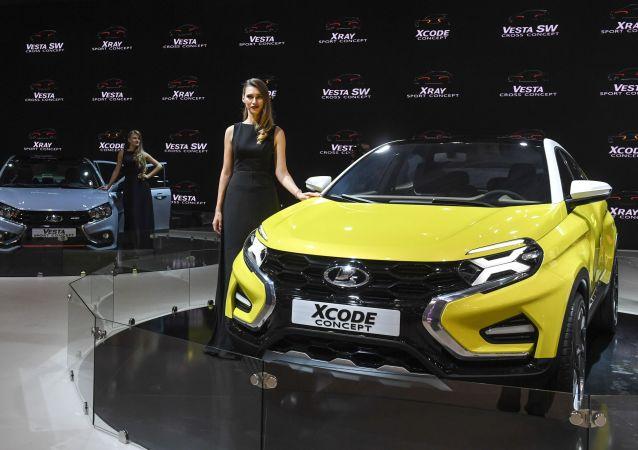 عرض موسكو الدولي للسيارات لعام 2016 - سيارة Lada Xcode.