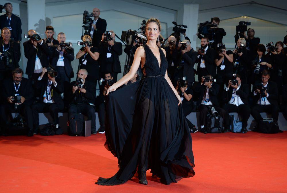 عارضة الأزياء البرازيلية أليساندرا أمبروسيو