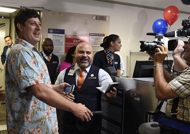 انطلاق أول رحلة جوية بين أميركا وكوبا بعد انقطاع نصف قرن