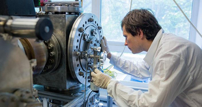 العلماء الروس يقومون بإختراع مولد بلازما فريد من نوعه