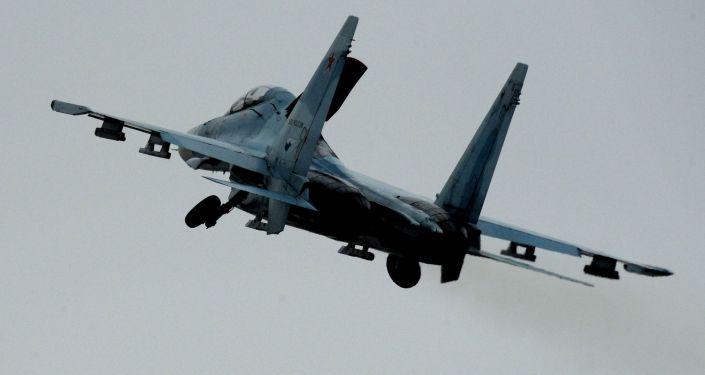 طائرتان من طراز سو-27إس إم