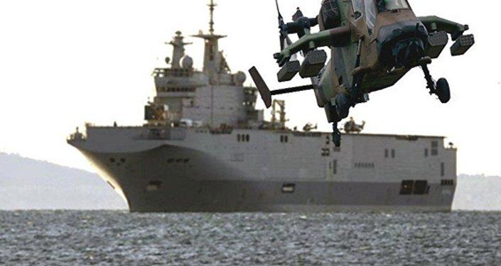 مصر تتسلم حاملة الطائرات ميسترال - أنور السادات