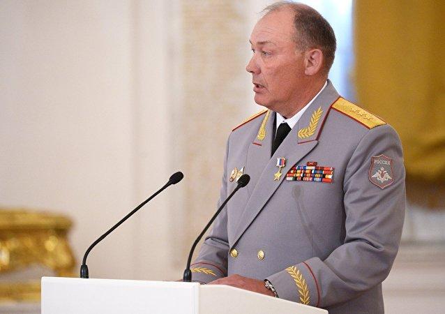 ألكسندر دفورنيكوف
