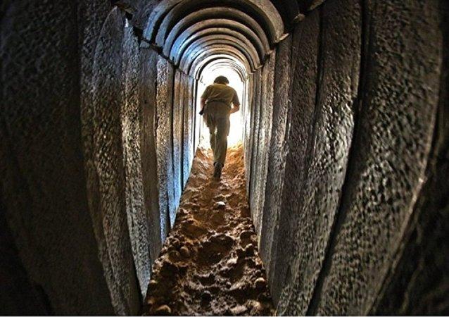 صورة تعبيرية لأنفاق قطاع غزّة