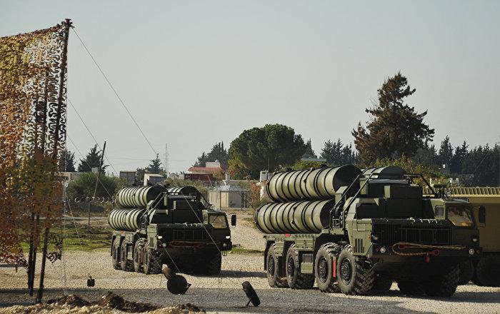 الدفعة الثانية من مكونات منظومة إس 400 الروسية تصل تركيا