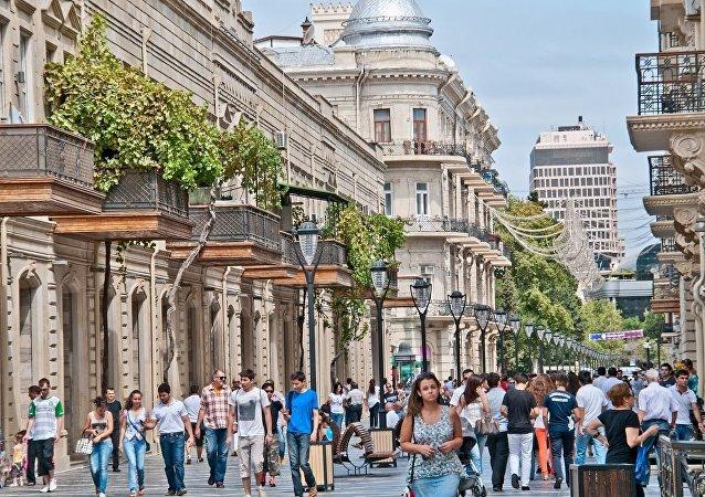 العاصمة باكو