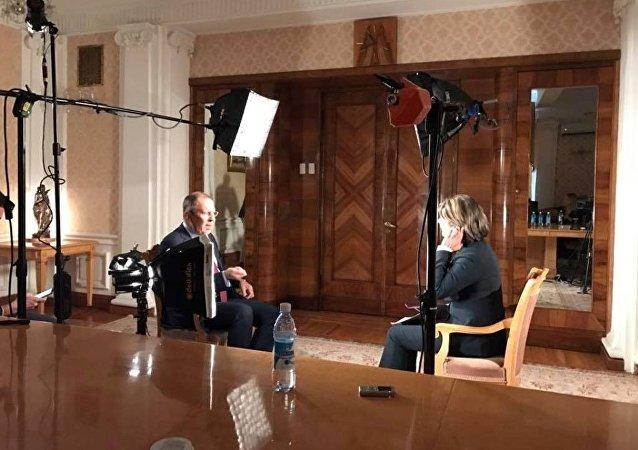 لافروف في مقابلة تلفزيونية