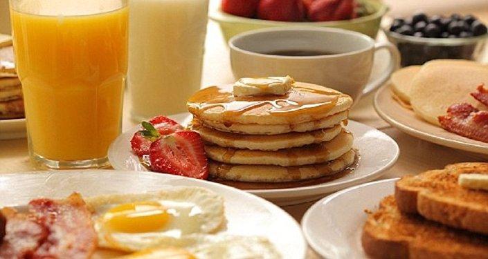 أسوأ ما يُمكن أن تقدّمه لأسرتك على الفطور!