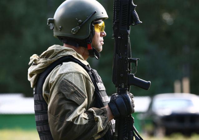 مشاركة أفراد القوات الخاصة الروسية في بطولة الرماية بالسلاح الخفيف في موردوفيا