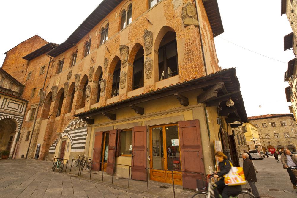 بستويا، إيطاليا