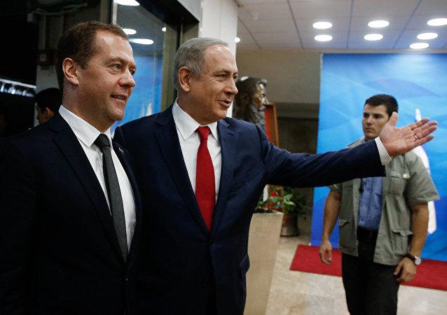 رئيس الوزراء الروسي دميتري ميدفيديف خلال زيارته إلى إسرائيل