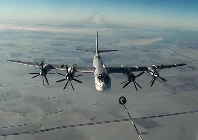 القادفة الاستراتيجية تو-95 ام اس