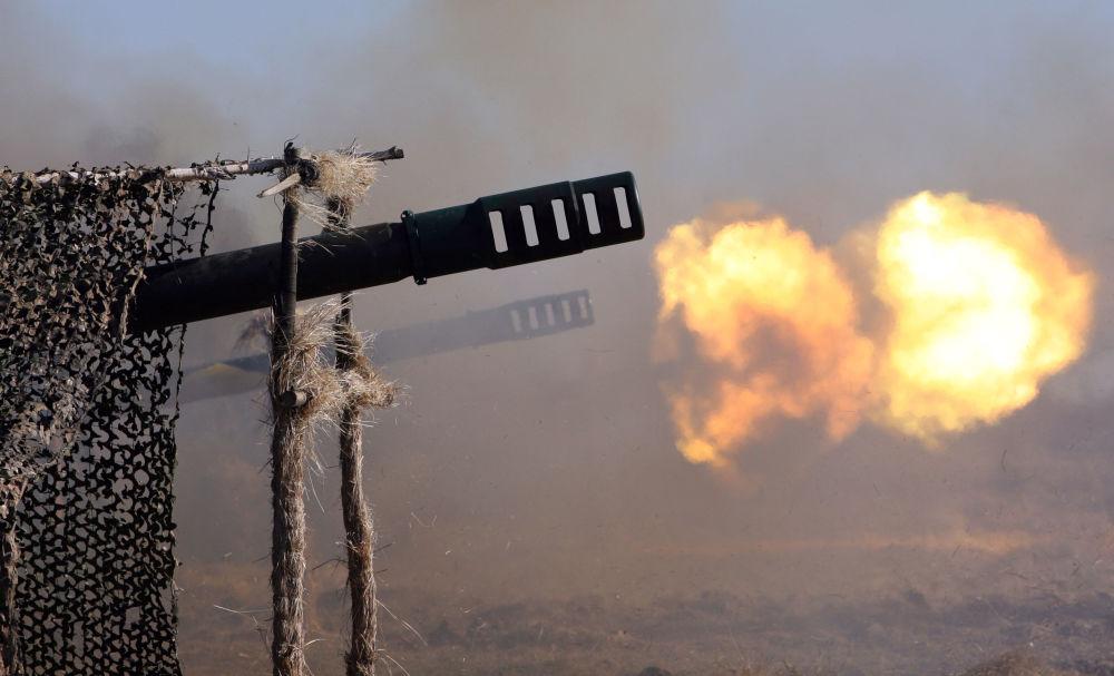 بطارية مدافع عيار 152 ملم تسمى غياتسينت