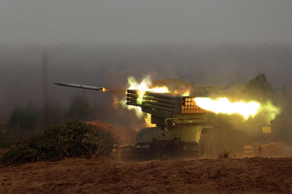 راجمة الصواريخ الحارقة غراد