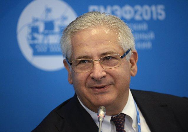 رئيس الغرفة التجارية الأميركية في روسيا، ألكسيس رودزيانكو