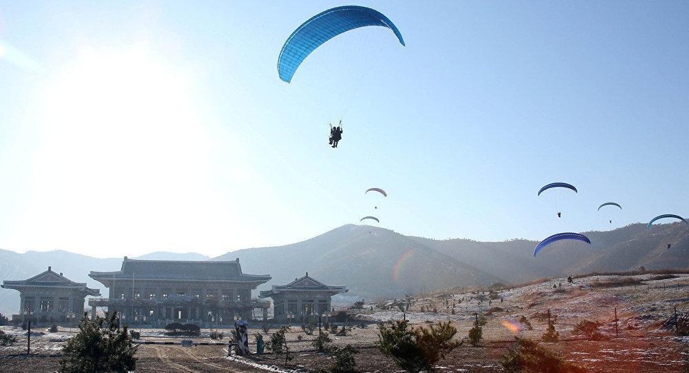 الجيش الكوري يقتحم البيت الأزرق