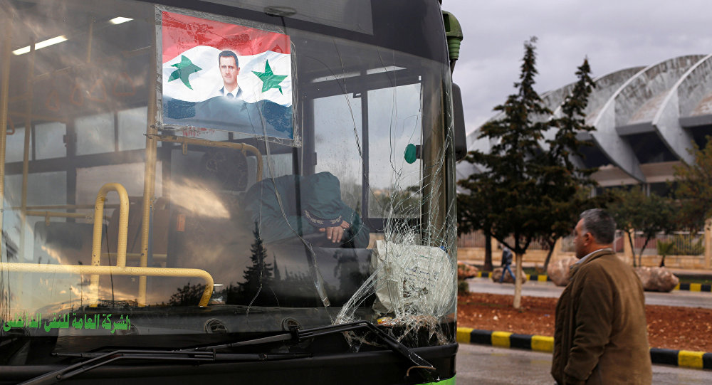 حافلات نقل المدنيين في حلب