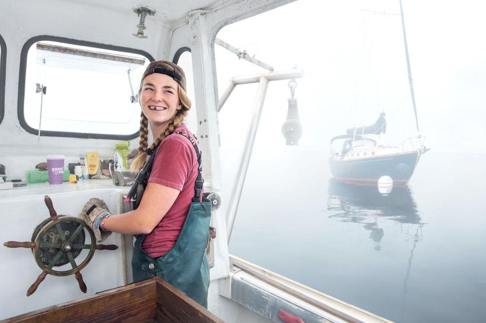 سادي سامويل تعمل صيادة لسرطان البحر، روك بورت، الولايات المتحدة