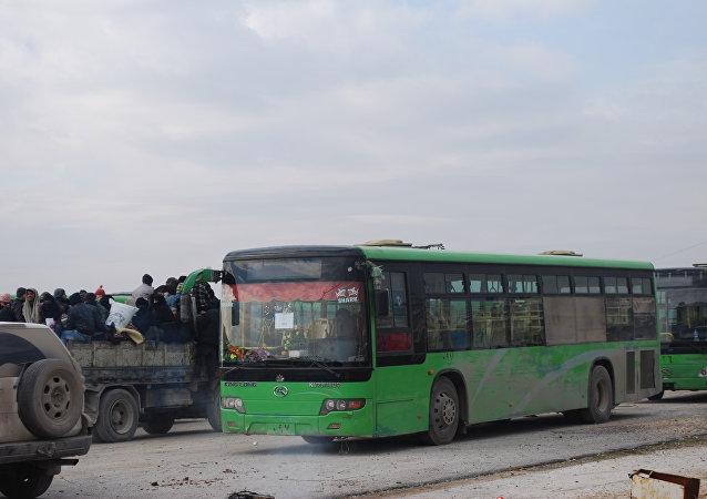 عملية إجلاء المسلحين من الأحياء الشرقية لحلب