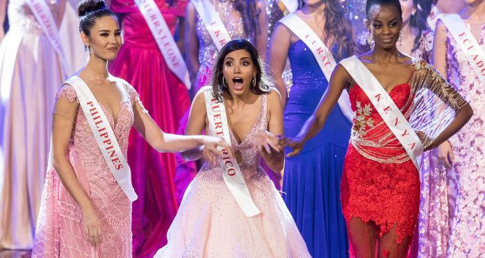 مسابقة ملكة جمال العالم لعام 2016 - ميس بويرتو ريكو ستيفاني ديل فالي أثناء إعلان النتيجة - فوزها باللقب، ميرلاند، الولايات المتحدة 18 ديسمبر/ كانون الأول 2016