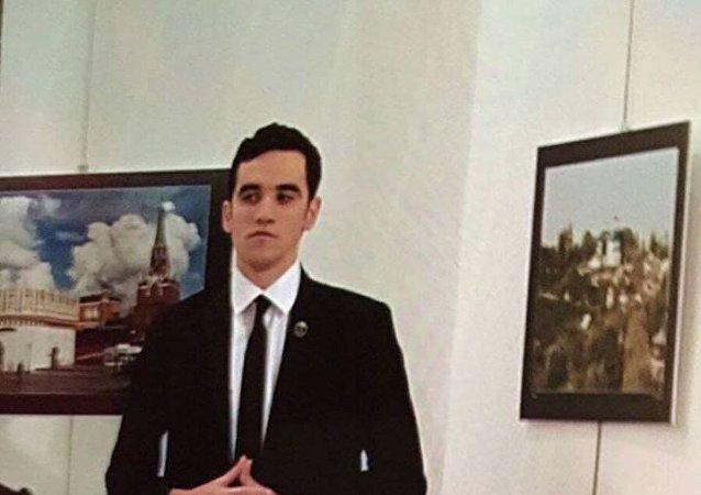 صورة المهاجم على السفير الروسي في تركيا
