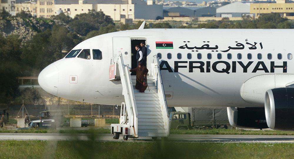 الطائرة الليبية المخطوفة