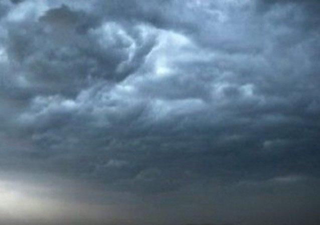 أصوات مخيفة تصدر من سماء الإسكندرية
