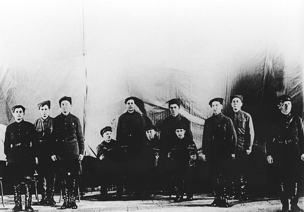 فرقة ألكسندروف عام 1928