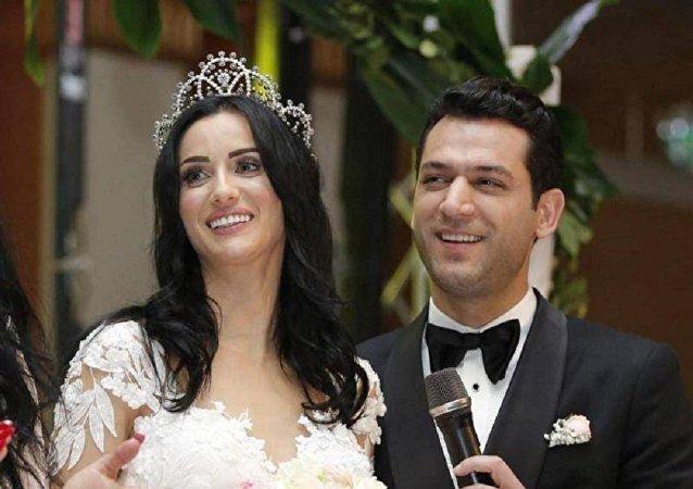 الفنان التركي مراد يحتفل بزفافه على ''ملكة جمال المغرب''