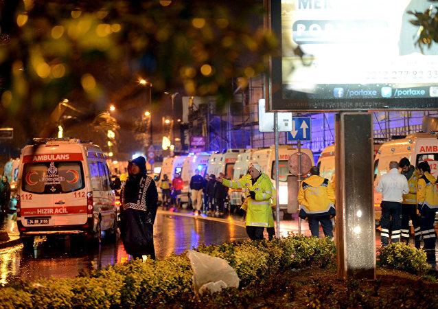 اللحظات الأولى للهجوم الأرهابي على ملهى ليلي باسطنبول