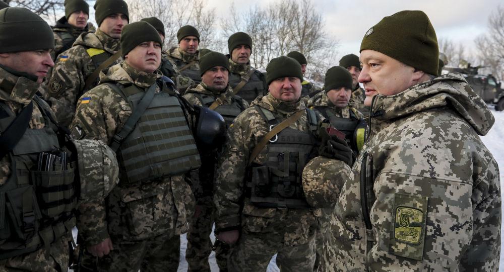 بوروشينكو يتفقد خط التماس في دونباس