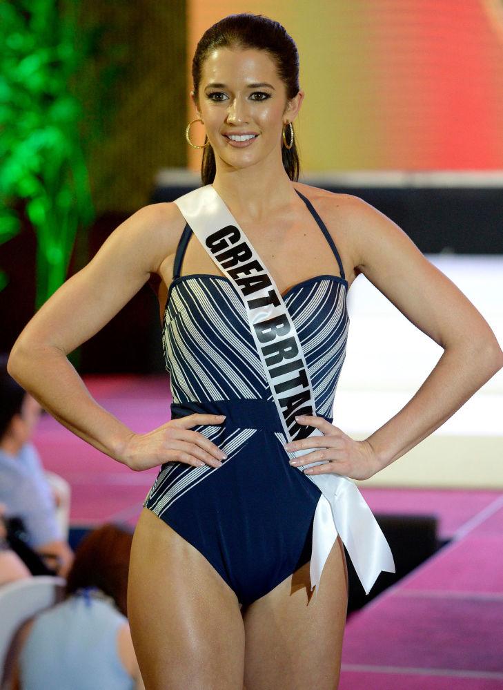 ملكة جمال الكون - ميس بريطانيا، جايم-لي فولكنير ، خلال عرض البيكيني في مدينة سيبو بالفلبين، 17 يناير/ كانون الثاني 2017