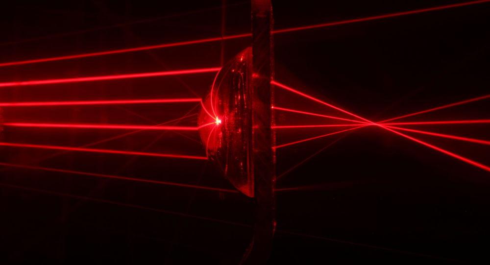 أشعة الليزر