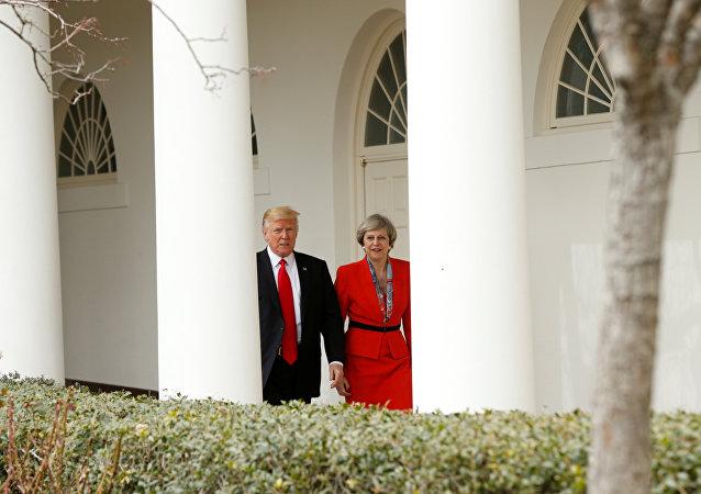 دونالد ترامب وتيريزا ماي