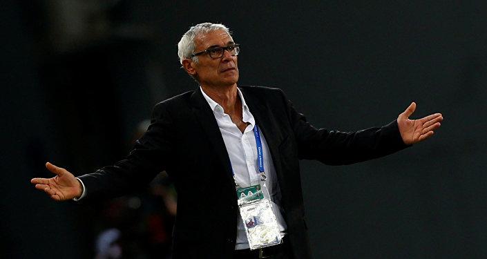 مدرب منتخب مصر هيكتور كوبر