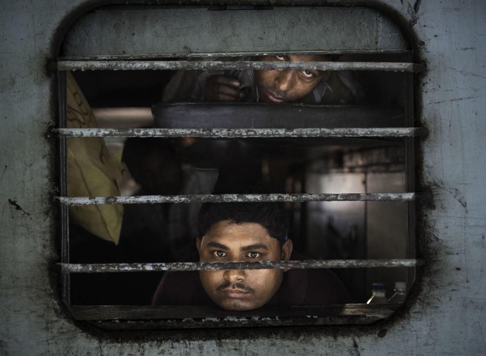 داخل القطار، جيبور في الهند - للمصور ماركو بوزي المشارك في مسابقة National Geographic Traveller-2017