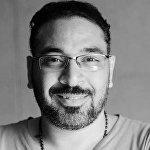الكاتب الصحفي مصطفى الكيلاني