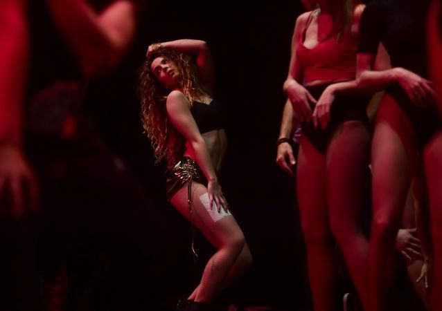 راقصات خلال اختبار لقبولهن في ملهى Ohlala بمدريد، اسبانيا 31 يناير/ كانون الثاني 2016