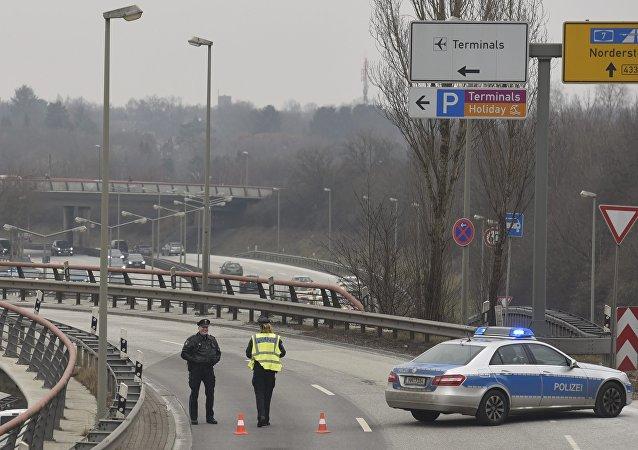 إخلاء مطار هامبورغ بألمانيا