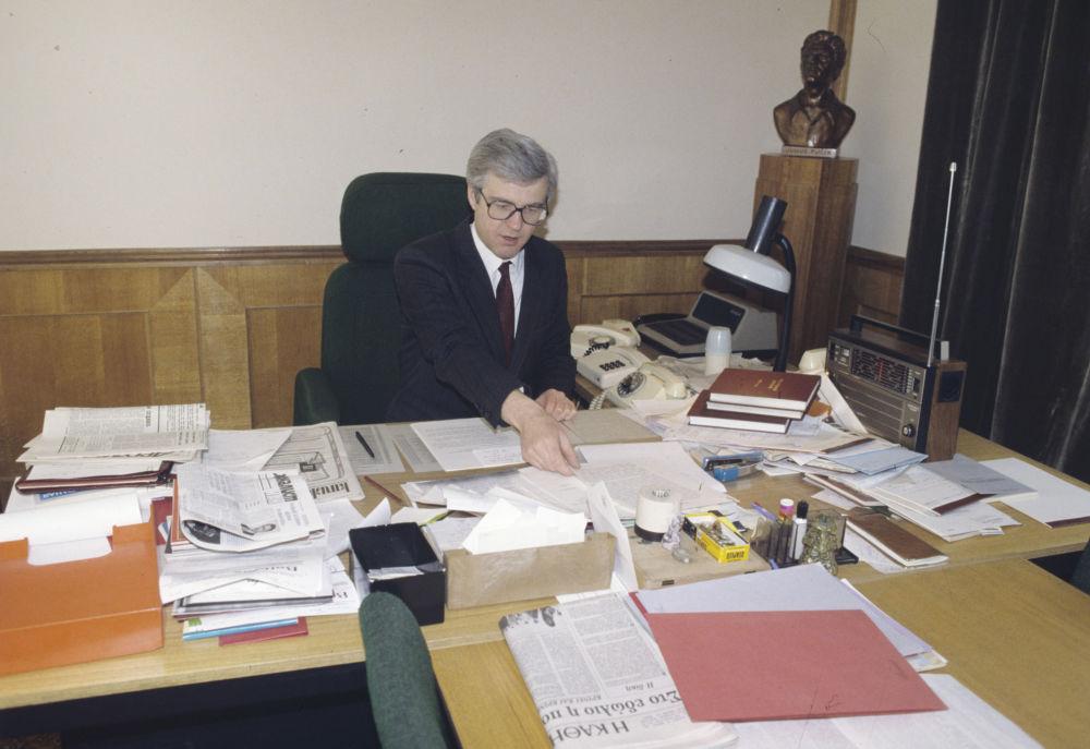 مدير دائرة الإعلام للوزارة الخارجية للاتحاد السوفيتي فيتالي تشوركين سابقا
