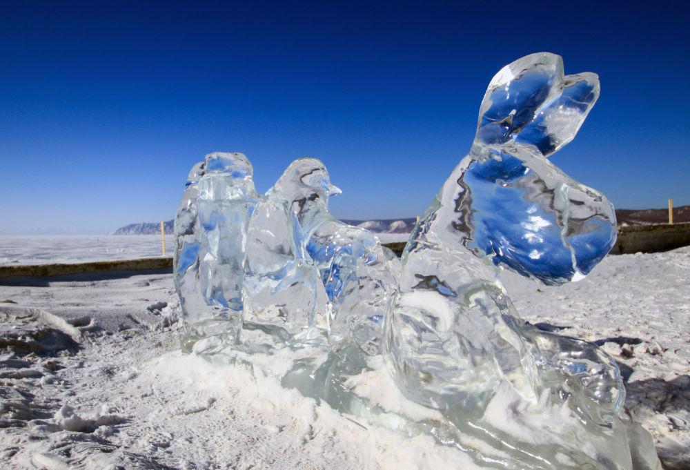 مهرجان للألعاب الشتوية زيمنيادا-2017 والتماثيل الجليدية في إقليم إركوتسك