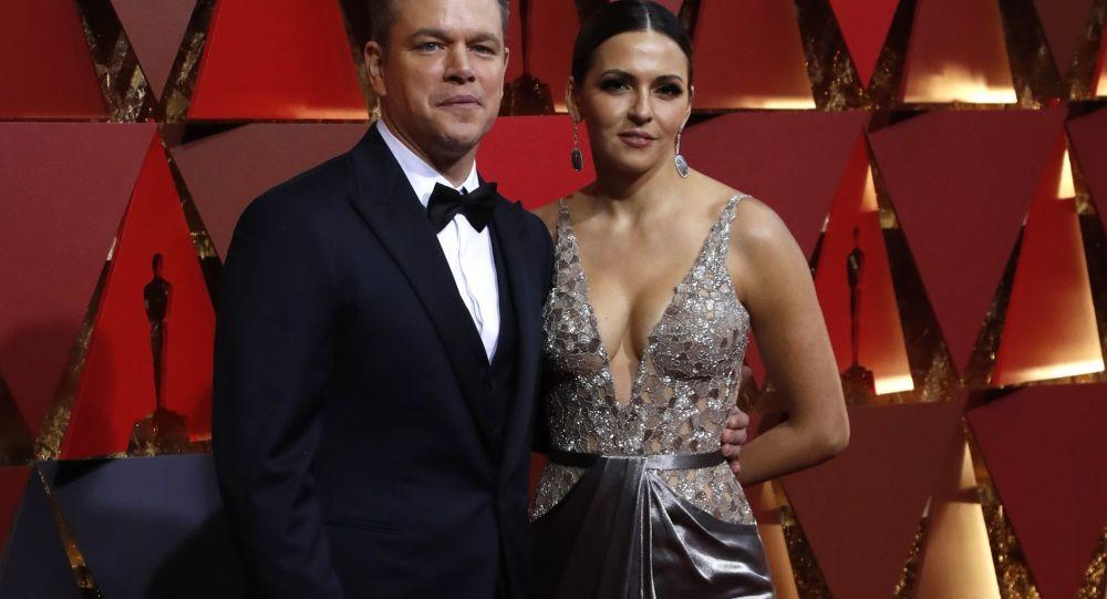 الحفل الـ 89 لتوزيع جوائز الأوسكار في لوس أنجلوس 26 فبراير/ شباط 2017 - الممثل مات ديمون وزوجته لوتشيانا باروسو