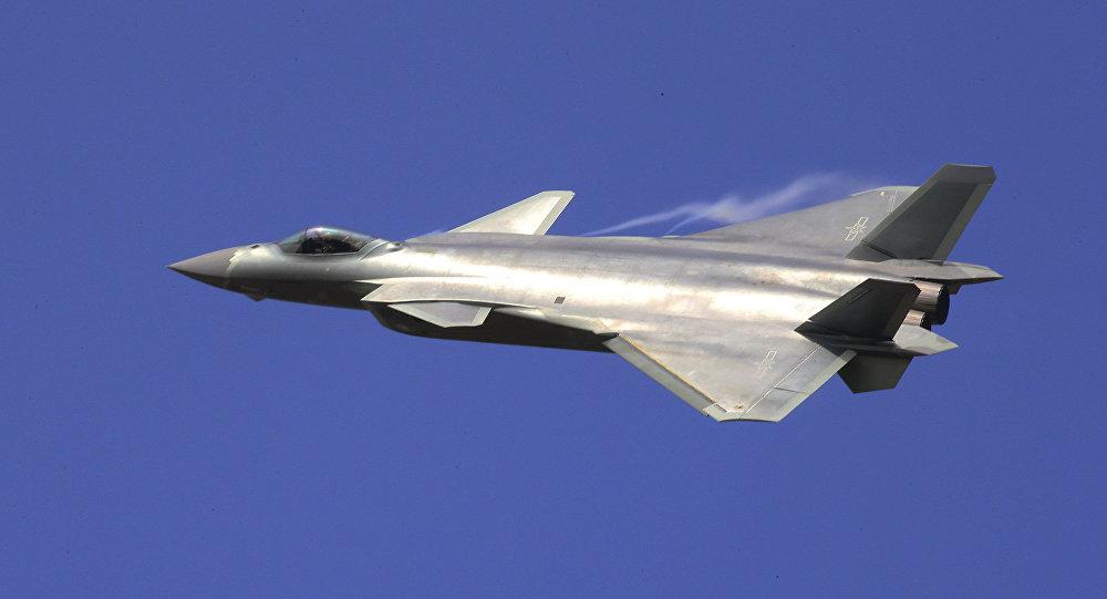 المقاتلة الصينية جي-20 ( J-20)
