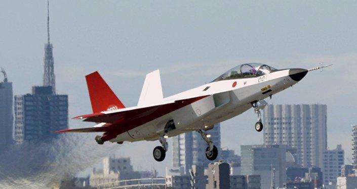 نموذج أولي لأول مقاتلة يابانية X-2 Shinshin واسمها الرسمي ATD-X